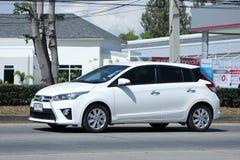 Privé auto, Toyota Yaris Stock Afbeeldingen