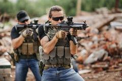 Privé Militaire Contractant tijdens de specifieke actie stock afbeeldingen