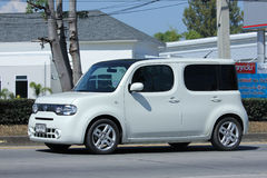 Privé Nissan Cube, Minibestelwagen Stock Fotografie
