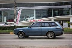 Privé Oude auto, Toyota Corolla stock afbeeldingen