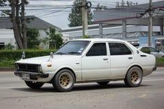 Privé Oude auto, Toyota Corolla stock foto's