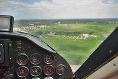 Privé vliegtuig tijdens de vlucht royalty-vrije stock foto's