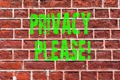 Privacidad del texto de la escritura de la palabra por favor El concepto del negocio para Let nosotros ser resto reservado Relaxe imagenes de archivo