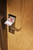 A privacidade do motel assina por favor Imagem de Stock Royalty Free