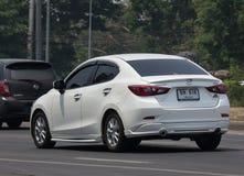 Privat Eco bil Mazda 2 Arkivbild