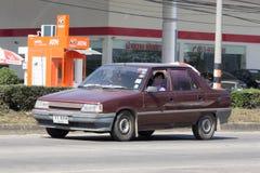 Privat gammal bil, Renault 11 Arkivbild