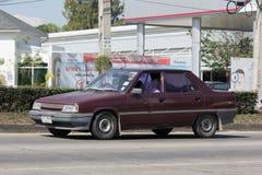 Privat gammal bil, Renault 11 Royaltyfri Foto