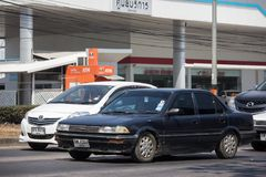Privat gammal bil, Toyota Corolla royaltyfria foton