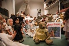 Privat gammal dockasamling Fotografering för Bildbyråer