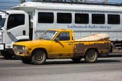 Privat gammal uppsamlingsbil, Nissan eller Datsan 1500 Royaltyfria Foton