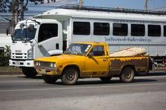 Privat gammal uppsamlingsbil, Nissan eller Datsan 1500 Royaltyfri Foto