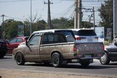 Privat gammal uppsamlingsbil, Nissan eller Datsan 1500 Royaltyfria Bilder