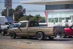 Privat gammal uppsamlingsbil, Nissan eller Datsan 1500 Arkivfoton