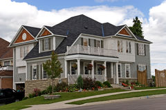 privat hus 3 Arkivbilder