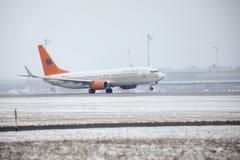 Privat Jet ALBERT BALLIN, Boeing 737-700 på snö Royaltyfria Foton