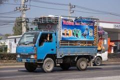 Privat lastbil för Mitsubishi Canterlast Arkivbild