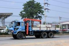 Privat lastbil med kranen Arkivfoto