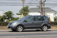 Privat-Nissan Livina-Auto Mini Suv Car für Urbun-Benutzer Lizenzfreie Stockfotos