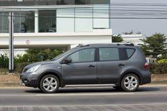 Privat-Nissan Livina-Auto Mini Suv Car für Urbun-Benutzer Stockbilder