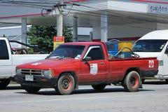Privat olje- väljer upp lastbilen Arkivbild