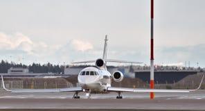 Privat stråle i flygplats royaltyfri fotografi