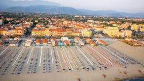 Privat strand, flyg- sikt, Tuscany Royaltyfri Fotografi