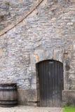 privat vägg för tegelstendörr Arkivbilder