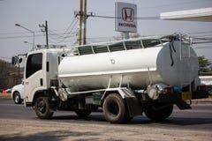 Privat vom Abwasser-Tankwagen lizenzfreie stockfotos