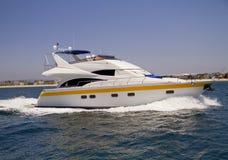 Privat yacht på Stilla havet Arkivfoto