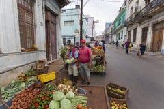 Privata entreprenuers i Kuba Arkivbilder