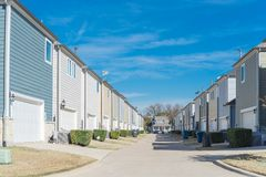 Free Private Back Alley Of Residential Area Leading To Country-style House Near Dallas, Texas Stock Photo - 164172710
