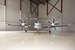 Private Flugzeuge in einem Flughafen Lizenzfreies Stockfoto