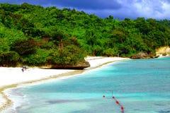 Private Strand-Fahrrinnen und Bluewater Boracay stockfoto