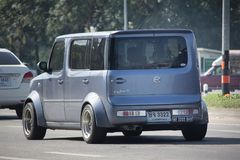 Privater Nissan Cube Mini-Packwagen Stockfotos
