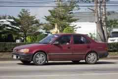 Privates altes Auto, Toyota Corolla Stockbilder