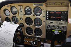 Privates flaches Cockpit - bereiten Sie für Start vor stockfotos