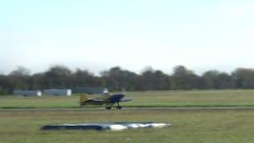 Privatflugzeug kam an stock video footage