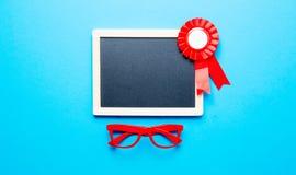Prize Band, Gläser und Tafel Lizenzfreies Stockbild