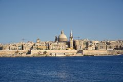 A Pro-catedral de St Paul em Valletta, capital de Malta fotos de stock