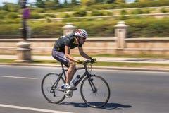 Pro cycliste sur la course de vélo Photo libre de droits