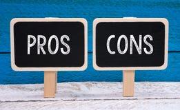 Pro - e - contro Fotografia Stock Libera da Diritti