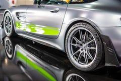 PRO roadster de Mercedes-AMG GT R V8 Bi-turbo avec M178 le moteur, voiture de sport performante produite par Mercedes Benz photos libres de droits