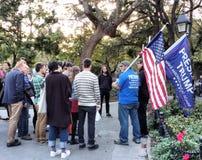 Pro-trunfo, suportes do trunfo, Washington Square Park, NYC, NY, EUA Fotografia de Stock Royalty Free