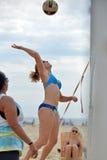 Pro volleyball de plage de 2013 femmes photographie stock libre de droits
