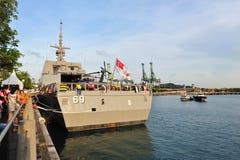 Proa do RSS intrépido na casa aberta 2013 da marinha em Singapore fotografia de stock