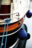 Proa do barco com pára-choques Imagens de Stock