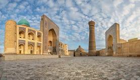 Probabilidade de intercepção Kalan - complexo religioso situado em torno do minarete de Kalan mim fotografia de stock royalty free