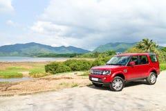 Probefahrt Land-Rover Discoverys 4 am 13. Mai 2014 in Hong Kong Stockbilder