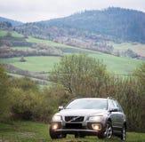 Probefahrt 70 Volvos XC am 3. Mai 2013 in Ukraine Lizenzfreie Stockfotografie