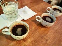 Probierenkaffee Lizenzfreie Stockfotos